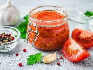 Доматен сос за пици, спагети, лазаня стерилизиран в буркани (зимнина)